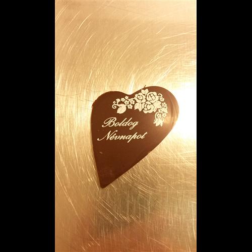 boldog névnapot csoki Boldog névnapot csoki tábla   Eleven Cukrászat Kft boldog névnapot csoki